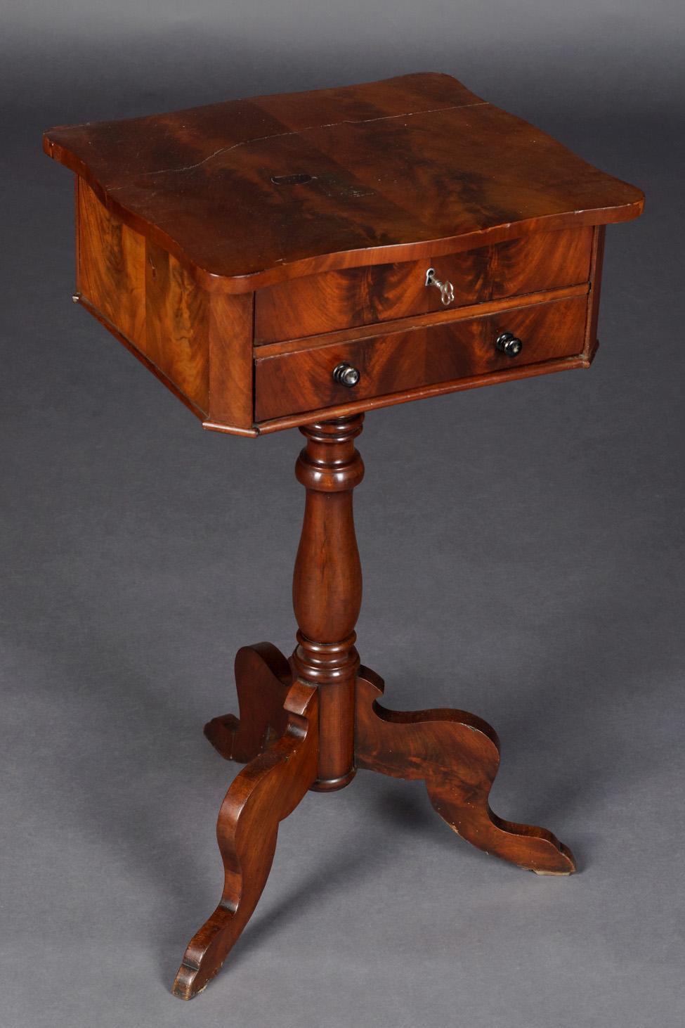 Antique sewing table louis philippe um 1860 ebay for Table louis philippe